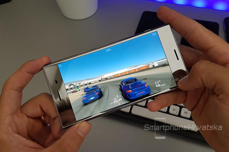 Sony Xperia XZ Premium Recenzija gaming