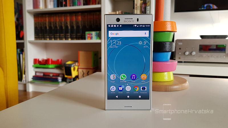 Sony Xperia XZ1 Compact recenzija