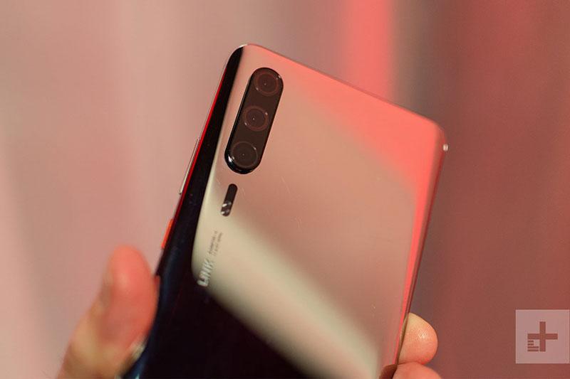 Huawei P30 Pro osvanuo na fotografijama mjesec dana uoči predstavljanja